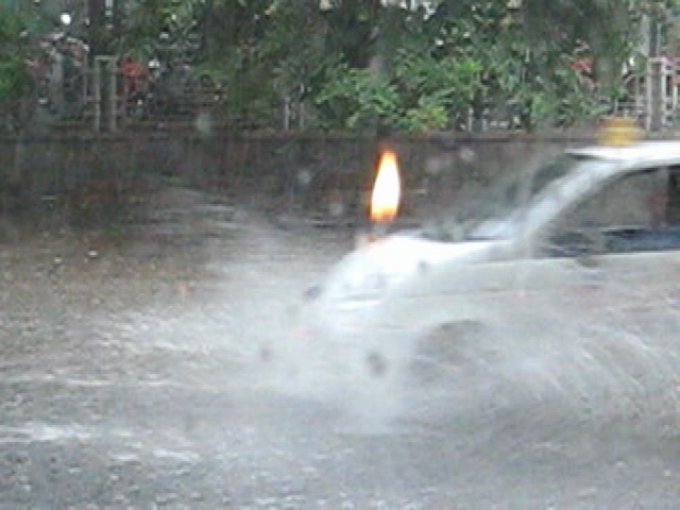 Nước xa lửa gần – 2007