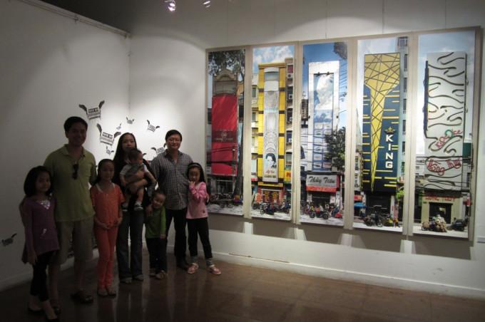Nắng Sài gòn series exhibition at Viet Art Center
